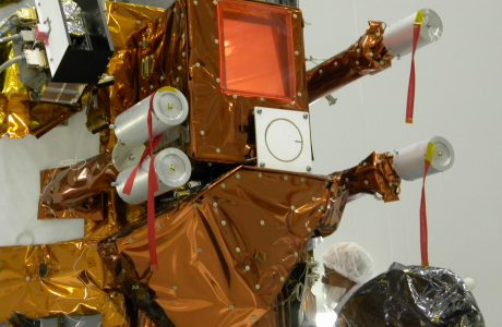 NIRST sobre el satélite en INVAP (Bariloche)