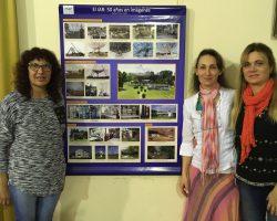 Nuestra investigadora junto a las profesoras de Biología Liliana Gil y Marcela Monterubbiano.
